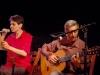 Cantando 'Cirandinha' com Guinga, lan‡amento de 'Sacradança' no Cinemathéque. Foto de Carol de Holanda
